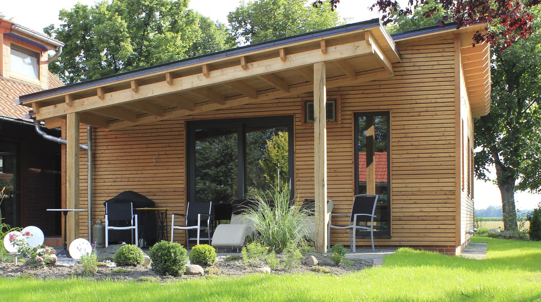 Der Außenbereich lädt zum Entspannen, durchatmen und Krafttanken ein.